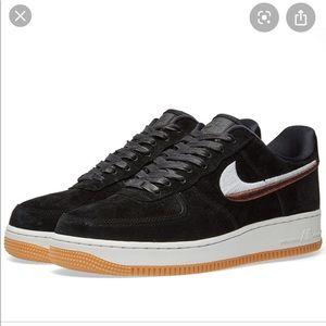 Nike Air Force 1 07' LX W